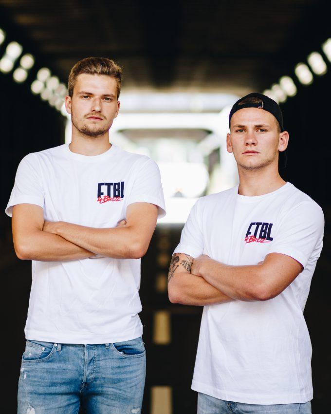 Herzblut Kollektion - T-Shirt weiß - Marco und Loris